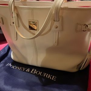 Dooney and Bourke white leather grain tote purse